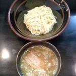 つけ麺や 一歩 - つけ麺や一歩(福岡県飯塚市東徳前)つけ麺並盛600円