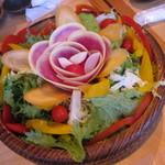 38697926 - バーニャカウダ いろんな野菜がてんこ盛り