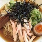 節系とんこつらぁ麺 おもと - 料理写真: