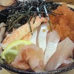 太郎寿司 - 海鮮丼