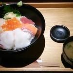 小樽食堂 - 北海海鮮丼ランチ1050円