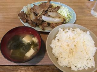 かんだ食堂 - 牛カルビ定食(750円)