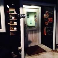 ワイン処 SASAYA - 四ヶ町アーケード入口すぐ。ささいずみ本店の2軒隣です。