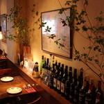 マヌエル・コジーニャ・ポルトゲーザ - ポルトガル料理店ならではのポートワインやマディラワインの数々。