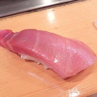 鮨処寿司大