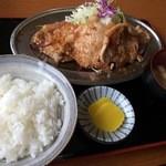 ドライブイン田村 - しょうが焼き定食