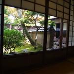 38715304 - 個室でゆっくり(u_u)v庭を眺め乍らw