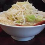 ゴリラーメン - ラー+ニンニク野菜タマネギ