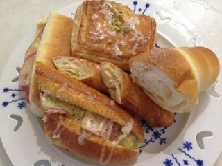 リトルマーメイド  フェスタ郡山店 - 人気上位のパン♪