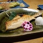炙屋 - つぼ鯛