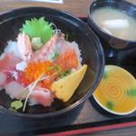 安心食堂 潮彩 - ミニ海鮮丼、ランパス3利用で¥500
