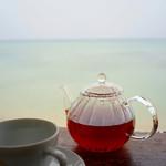 浜辺の茶屋 - ドリンク写真:琉球の花紅茶