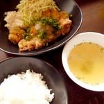 横川鉄板 - 揚げだしチキンカツ定食