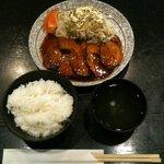 フリーポート - 豚の角煮定食