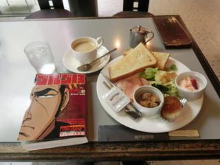 神戸珈琲館 - <再訪>又もや、朝から「ゴルゴ13」を読みふける~www