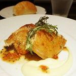 38736342 - 総州古白鶏モモ肉のポワレ 粒マスタードとエストラゴンの香り