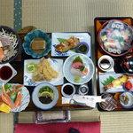(有)カネマン魚店 - お膳料理例3