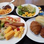 38743551 - 朝食の一部 充実の内容のバイキングでした