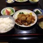 ハチロー - 豚生姜焼き定食