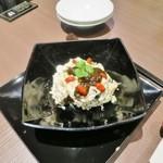 38744278 - 再訪:香菜ソースのピータン豆腐
