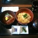 38744960 - そば定食(マグロ丼)1250円