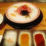 38753004 - 腿肉冷しゃぶ 塩。ポン酢、焼き肉のタレ