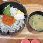 NOBU - いくらしらす丼2015.06.06