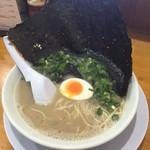 黒田屋 - 料理写真:2015年6月上旬 岩海苔ラーメン ¥650