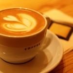 虎ノ門コーヒー - カフェラテ カップでお願いしました