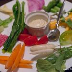 ビストロガストロス - 完全無農薬のこだわり農家から 春野菜の盛り合わせ【2015年6月】