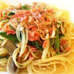 ソラティオ - 桜海老とアスパラの塩味パスタ