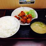 茶山亭 - 唐揚げ定食(∩'-'⊂)