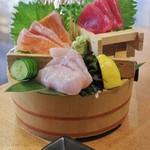 生け簀の銀次 - 本日鮮魚の三点刺し盛り