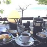 38774955 - 奥琵琶湖が目の前でカフェ♪