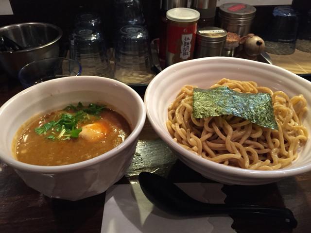 つけ麺 えん寺 吉祥寺総本店 - ペジポタ味玉入り辛つけ麺。なかなかのお味。