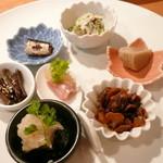 たか松 - 料理写真:【ランチ牡丹 ¥3500】前菜(白和え・ごま豆腐・赤貝・穴子の南蛮漬け・キャラブキ・鰯・生ハムのリンゴソース)
