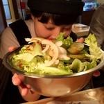 だるま食堂 - 韓国サラダ¥600てんこ盛りやしぃ(笑)