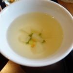 東銀座のタイランド食堂 ソイナナ - スープ