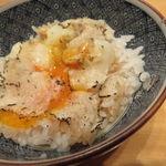 38784314 - トリュフ卵かけご飯1