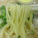 38786917 - 細めのストレート麺