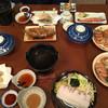 山一旅館 - 料理写真:夕食 この後、刺身盛り、雲丹盛りが出てきました。 お腹いっぱい…