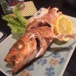 まる田 - ハチメ塩焼き