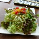 ポニ・アネラ - キーマカレーのサラダ