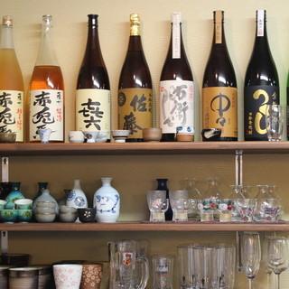 冷酒・焼酎など、アルコールも豊富にご用意。