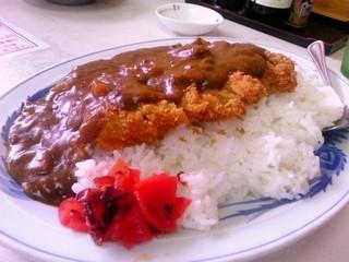 お食事処 丸万 - カツカレー:780円