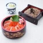 そじ坊 - 料理写真:信州サーモンちらし寿司とおそばのセット