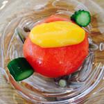 京料理いしす - 先付 トマト茶巾・帆立貝・順菜・パッションフルーツ酢
