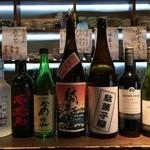 駄菓子屋 - 地酒・焼酎・ワイン、取り揃えております。