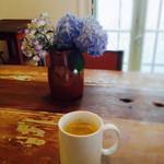 ラトリエ・ドゥ・メゾン・ドゥ・カンパーニュ - コーヒー