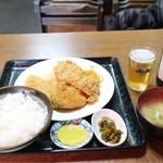 食堂 伊賀 - ミックスフライ定食(760円)